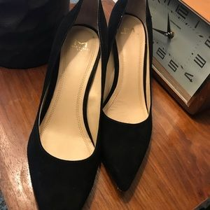 Marc Fisher Zala Suede Pointed Toe Pumps size 8.5